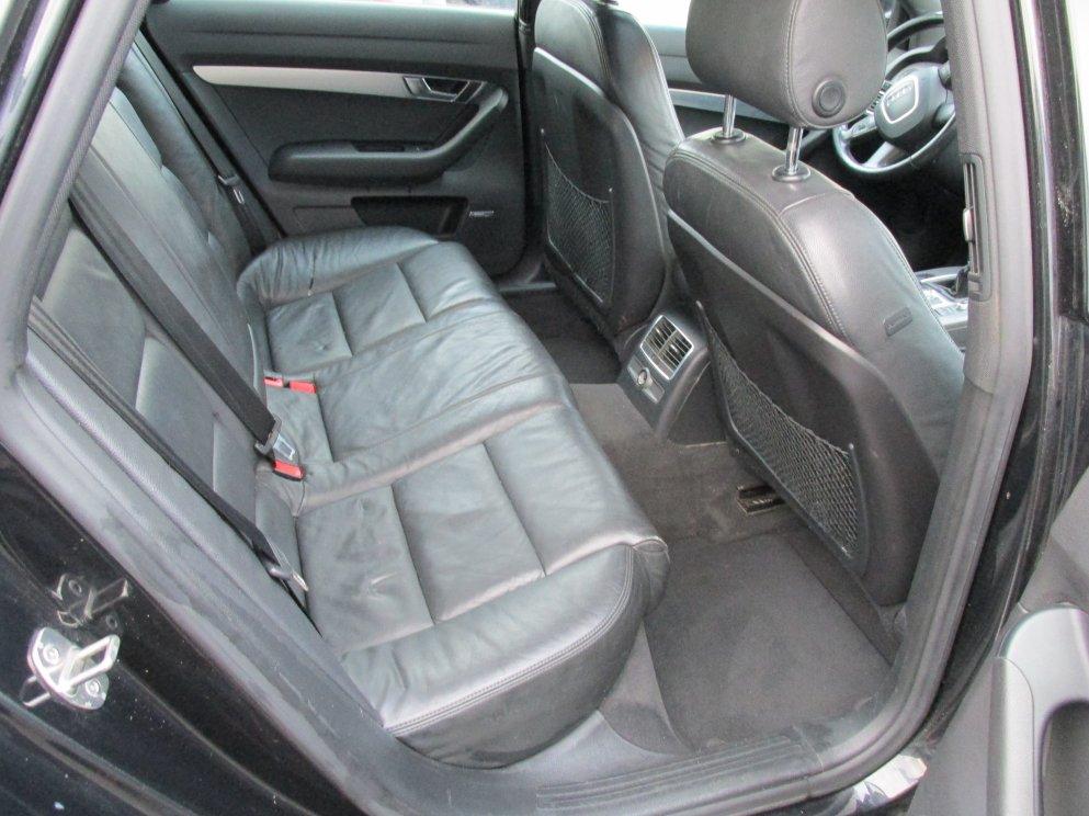 nettoyer siege cuir voiture nettoyer les si ges de voiture tout pratique luxe produit pour. Black Bedroom Furniture Sets. Home Design Ideas