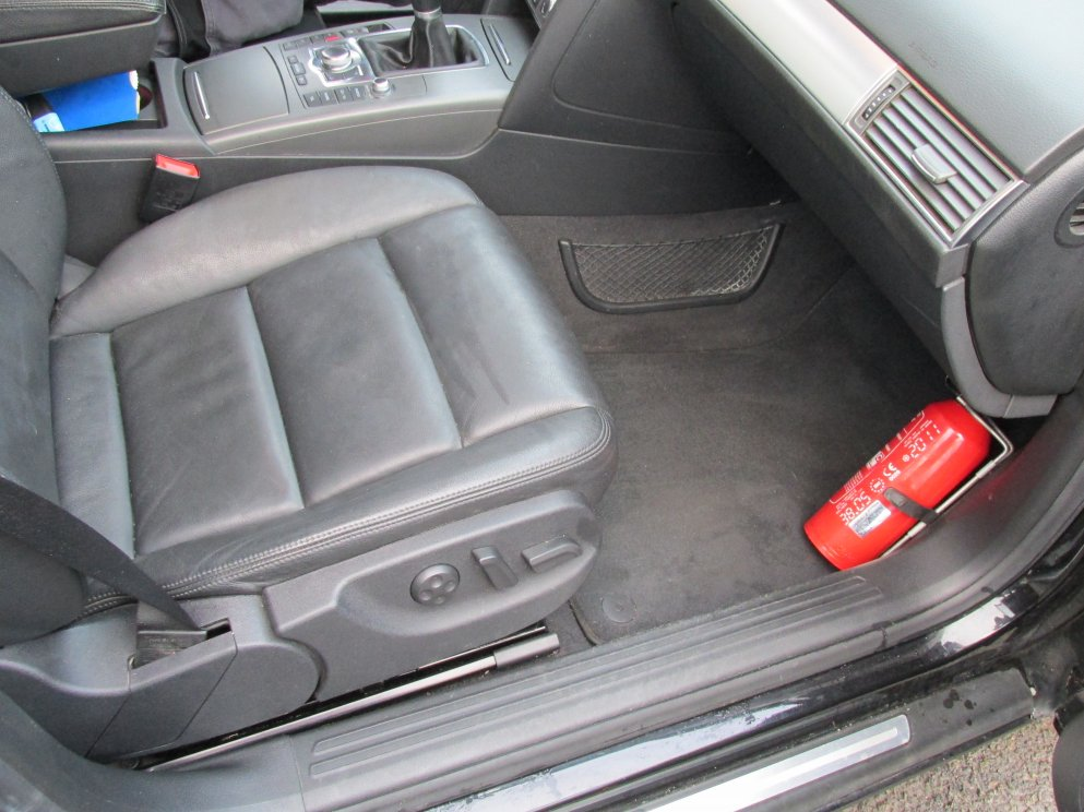 Nettoyer vitre interieur voiture 28 images invisible for Lavage auto interieur